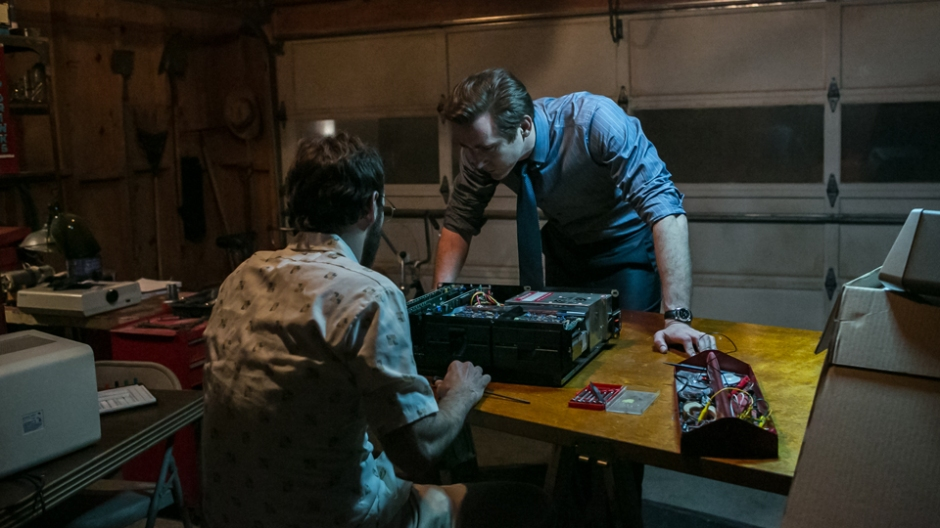 HaltAndCatchFire1x01Article-02